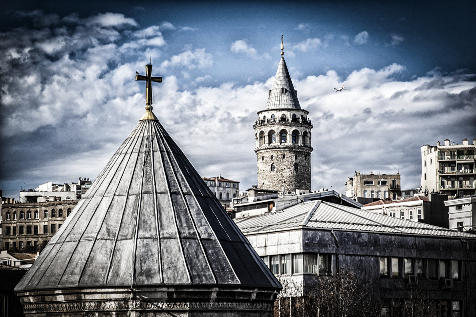 SuBUP Rooftop View Galata Tower